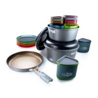 A compact design that features a cook set for an entire group of four