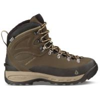 Looks like a three-season mountain boot on the outside, but on the inside packs 200g Thinsulate & UltraDry waterproofing.