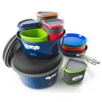 The Bugaboo Camper Cookset is a durable, high performance, family-sized cookset and tableware for four people.