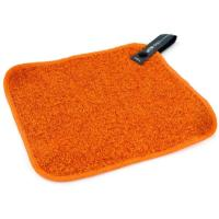 Scrub your dishes clean with the microfiber scrub cloth or flip it for a softer touch.